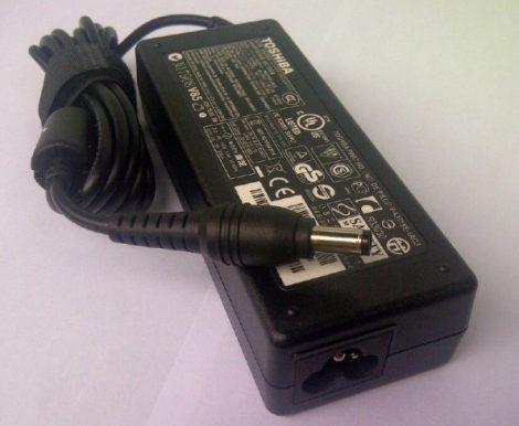 adaptor toshiba l840d